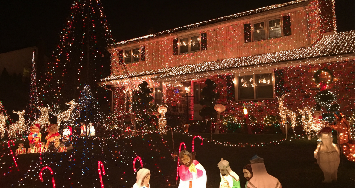 Tis the Season to See Holiday Lights in New Jersey